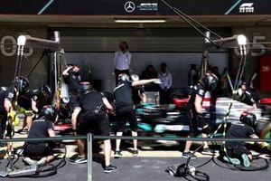 Mercedes pitstoptraining met de Mercedes W12