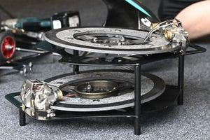 Petronas Yamaha team, brakes