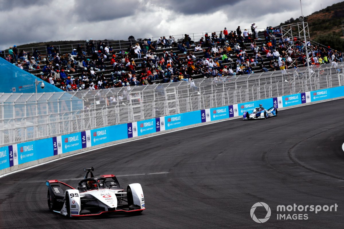 Pascal Wehrlein, Tag Heuer Porsche, Porsche 99X Electric, Maximilian Guenther, BMW I Andretti Motorsports, BMW iFE.21