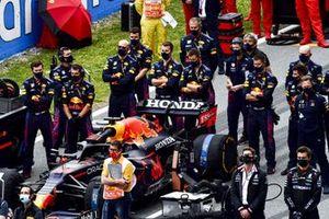 Team Red Bull sulla griglia prima della partenza