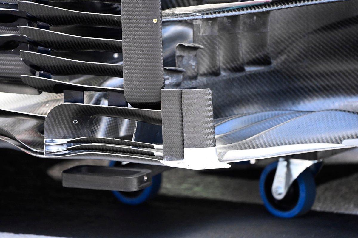 Detalle del bargeboard del Aston Martin AMR21