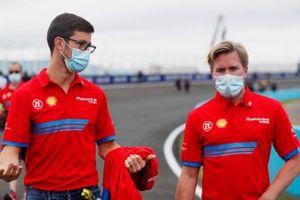 Alexander Sims, Mahindra Racing, mit Nick Heidfeld