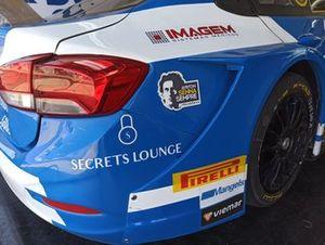 Guga Lima é um dos pilotos que homenageiam Senna no Velocitta
