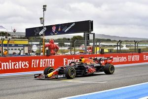 Max Verstappen, Red Bull Racing RB16B, 1st position, takes victory