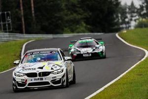 #159 Yeeti Racing BMW M4 GT4: Celia Martin, Christina Nielsen, Domenico Solombrino