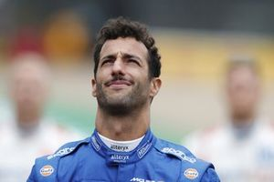 Daniel Ricciardo, McLaren, on the grid, ahead of the 2022 Formula 1 car unveiling