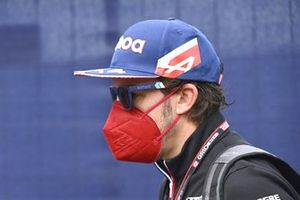 Fernando Alonso, Alpine F1 arriving at the track