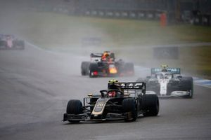 Kevin Magnussen, Haas F1 Team VF-19, leads Valtteri Bottas, Mercedes AMG W10, and Max Verstappen, Red Bull Racing RB15