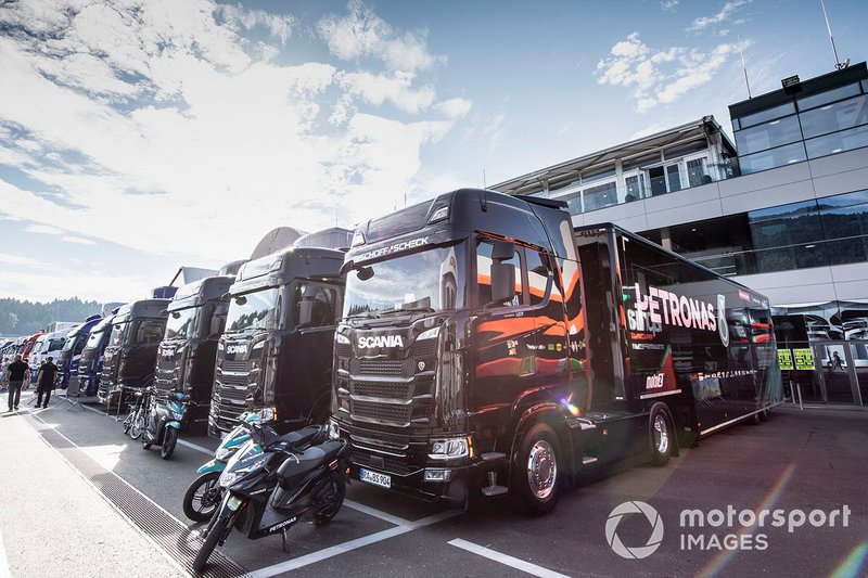 Petronas Yamaha trucks