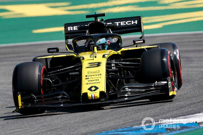 13. Даниэль Риккардо (Renault) – 1:12,799