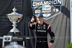 Josef Newgarden, Team Penske Chevrolet celebrate the championship on the podium