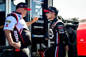 Alex Tagliani, Kyle Busch Motorsports, Toyota Tundra CanTORQUE/Spectra Premium/RONA, Ryan Fugle