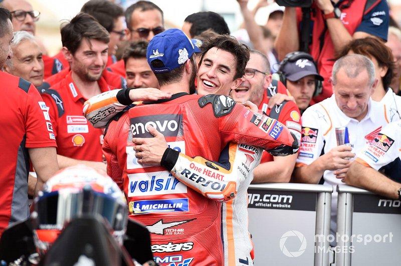Il vincitore della gara Marc Marquez, Repsol Honda Team, secondo classificato Andrea Dovizioso, Ducati Team