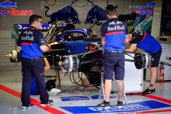 La Toro Rosso STR14 de Daniil Kvyat