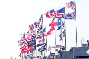 Hauler flags