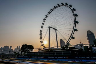 The Singapore Flyer at sunset