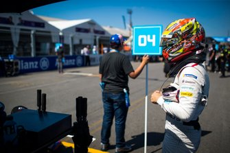 Robin Frijns, Envision Virgin Racing on the grid