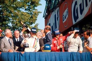 Podium: 1. Ronnie Peterson, 2. Emerson Fittipaldi, 3. Jody Scheckter