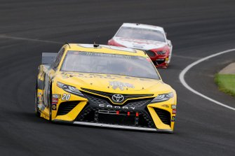 Erik Jones, Joe Gibbs Racing, Toyota Camry STANLEY