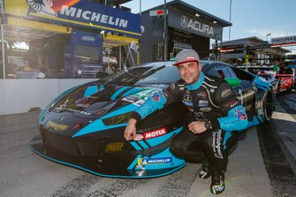 Ganador de la pole #48 Paul Miller Racing Lamborghini Huracan GT3, GTD: Corey Lewis