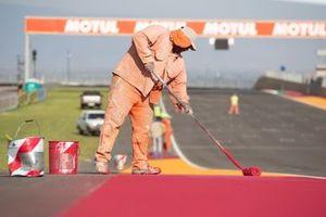 Preparazione della pista