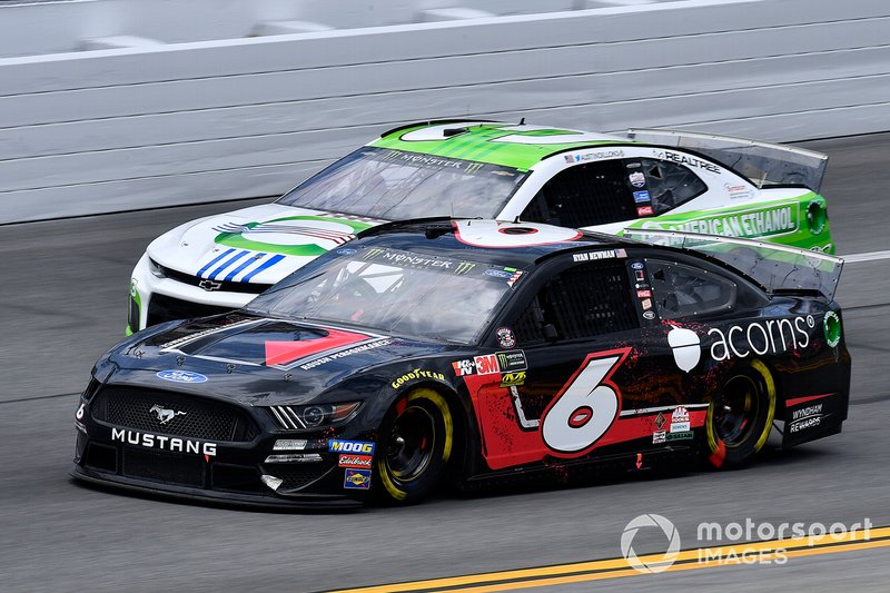 Ryan Newman, Roush Fenway Racing, Ford Mustang Roush Performance