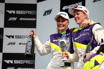 Podium: Race winner Emma Kimilainen, second place Alice Powell