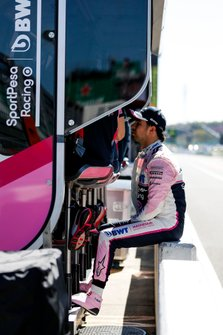 Sergio Perez, Racing Point on the pit wall