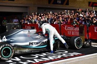 Valtteri Bottas, Mercedes AMG F1, 1st position, congratulates Lewis Hamilton, Mercedes AMG F1, 2nd position, in Parc Ferme