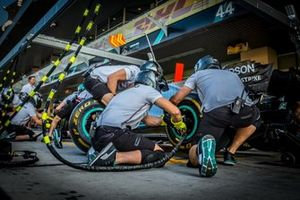 Mercedes AMG F1 Pitstop