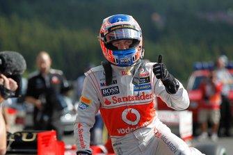Обладатель поула Дженсон Баттон, McLaren