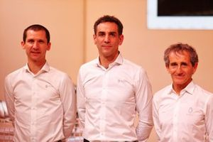 Remi Taffin, Renault Sport F1 Engine Technical Director; Cyril Abiteboul, Renault Sport F1 Managing Director; Alain Prost, Renault F1 Team Non-Executive Director