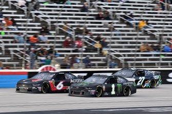 Kurt Busch, Chip Ganassi Racing, Chevrolet Camaro Monster Energy, Ryan Newman, Roush Fenway Racing, Ford Mustang Roush Performance