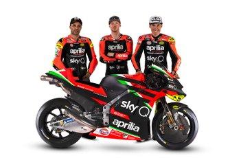 Andrea Iannone Aprilia Racing Team Gresini, Aleix Espargaro, Aprilia Racing Team Gresini, mit Bradley Smith