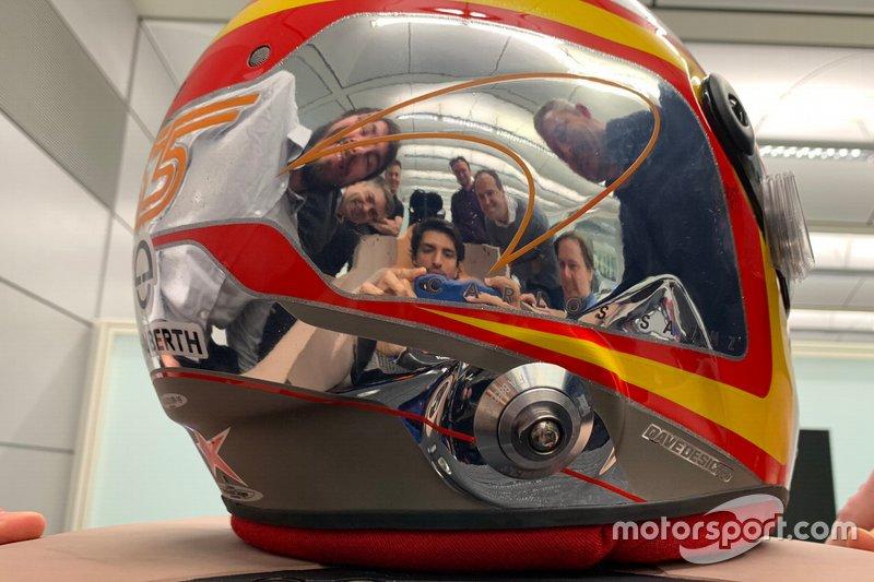 Casco di Carlos Sainz Jr. McLaren