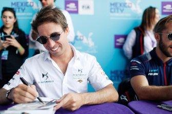 Antonio Felix da Costa, DS Techeetah, signs an autograph