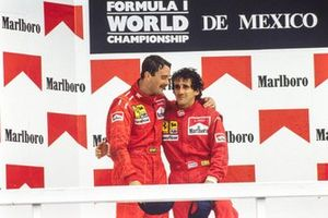 Podium: Race winnaar Alain Prost, Ferrari. tweede Nigel Mansell, Ferrari