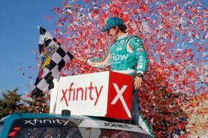 Ganador Brandon Jones, Joe Gibbs Racing, Toyota Supra