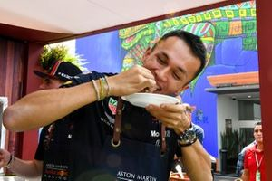 Alex Albon, Red Bull Racing makes a taco