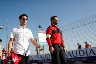 Lucas Di Grassi, Audi Sport ABT Schaeffler tijdens de track walk