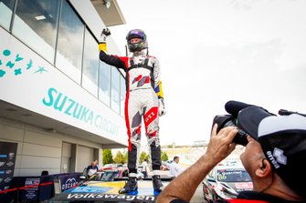 Ganador de la carrera Johan Kristoffersson, SLR Volkswagen Volkswagen Golf GTI TCR