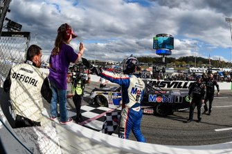 Todd Gilliland, Kyle Busch Motorsports, Toyota Tundra Mobil 1, celebrates after winning