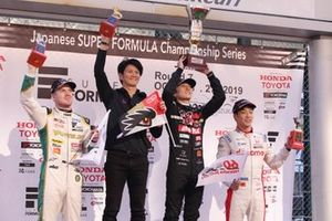 Томоки Нодзири, Team Mugen, Синдзи Накано, Ник Кэссиди, Vantelin Team TOM'S, и Ниреи Фукузуми, DoCoMo Team Dandelion Racing