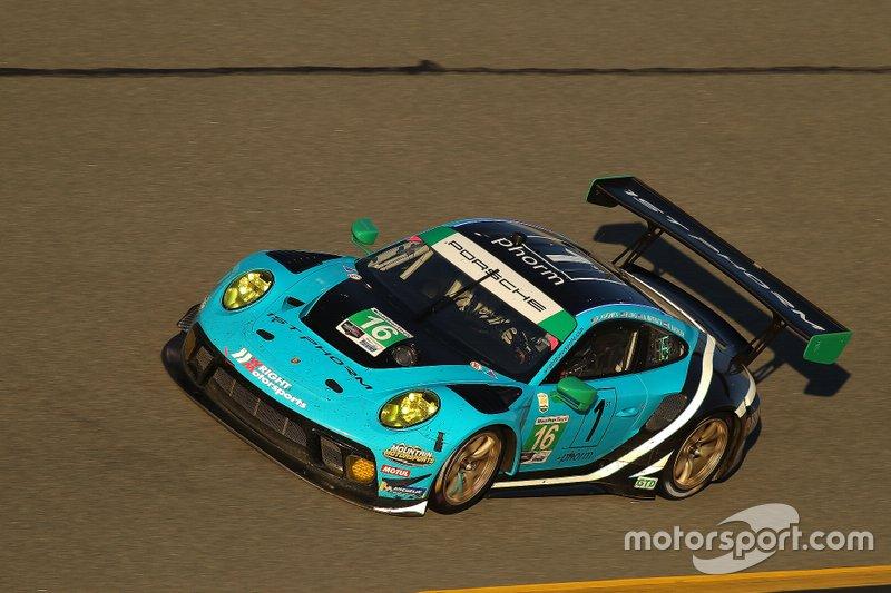 #16 Wright Motorsports Porsche 911 GT3 R: Ryan Hardwick, Patrick Long, Klaus Bachler, Anthony Imperato