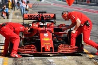 Пит-стоп: Себастьян Феттель, Ferrari SF1000