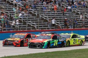 William Byron, Hendrick Motorsports, Chevrolet Camaro Axalta, Martin Truex Jr., Joe Gibbs Racing, Toyota Camry Bass Pro Shops