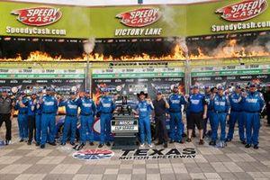 Kyle Larson, Hendrick Motorsports, Chevrolet Camaro HendrickCars.com, Autotrader