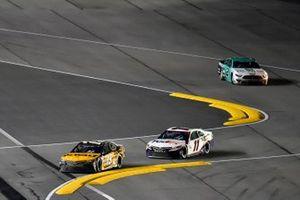 Martin Truex Jr., Joe Gibbs Racing, Toyota Camry DeWalt, Denny Hamlin, Joe Gibbs Racing, Toyota Camry FedEx Express