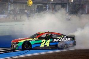 Race winner William Byron, Hendrick Motorsports, Chevrolet Camaro Axalta celebrates his win