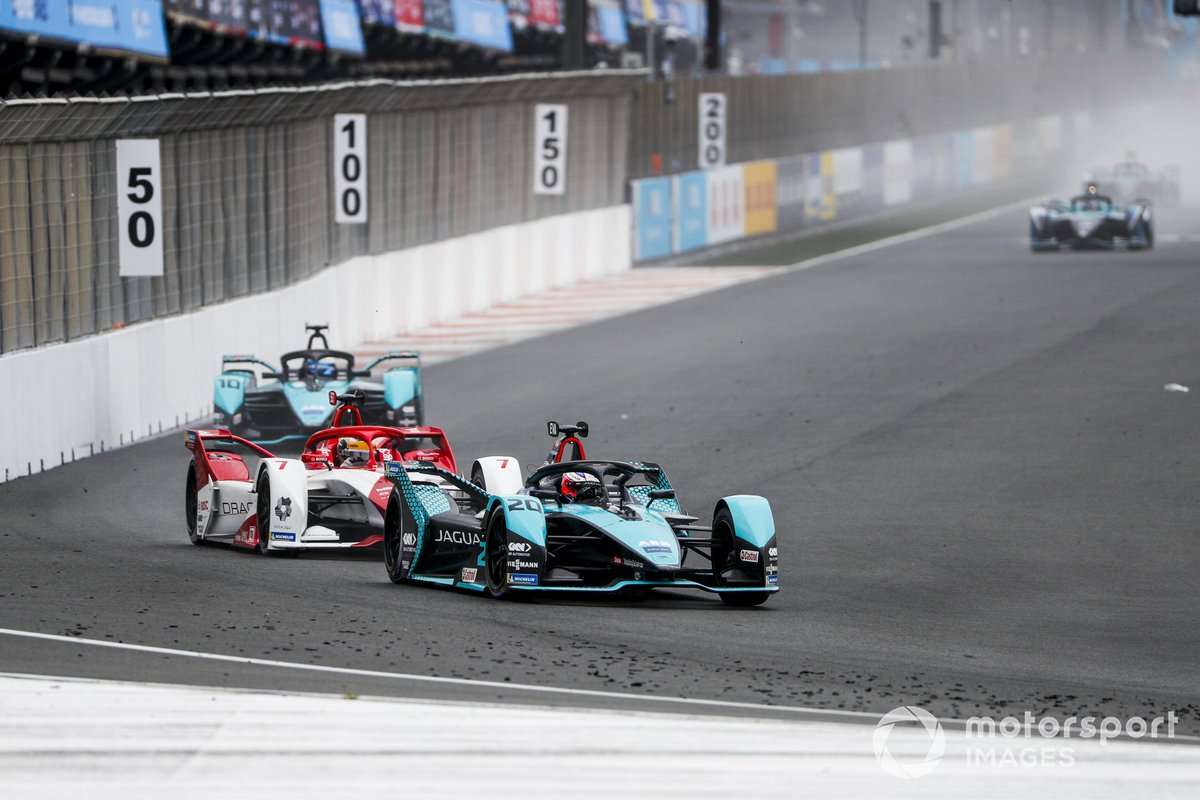 Mitch Evans, Jaguar Racing, Jaguar I-TYPE 5 , Sergio Sette Camara, Dragon Penske Autosport, Penske EV-5, Sam Bird, Jaguar Racing, Jaguar I-TYPE 5